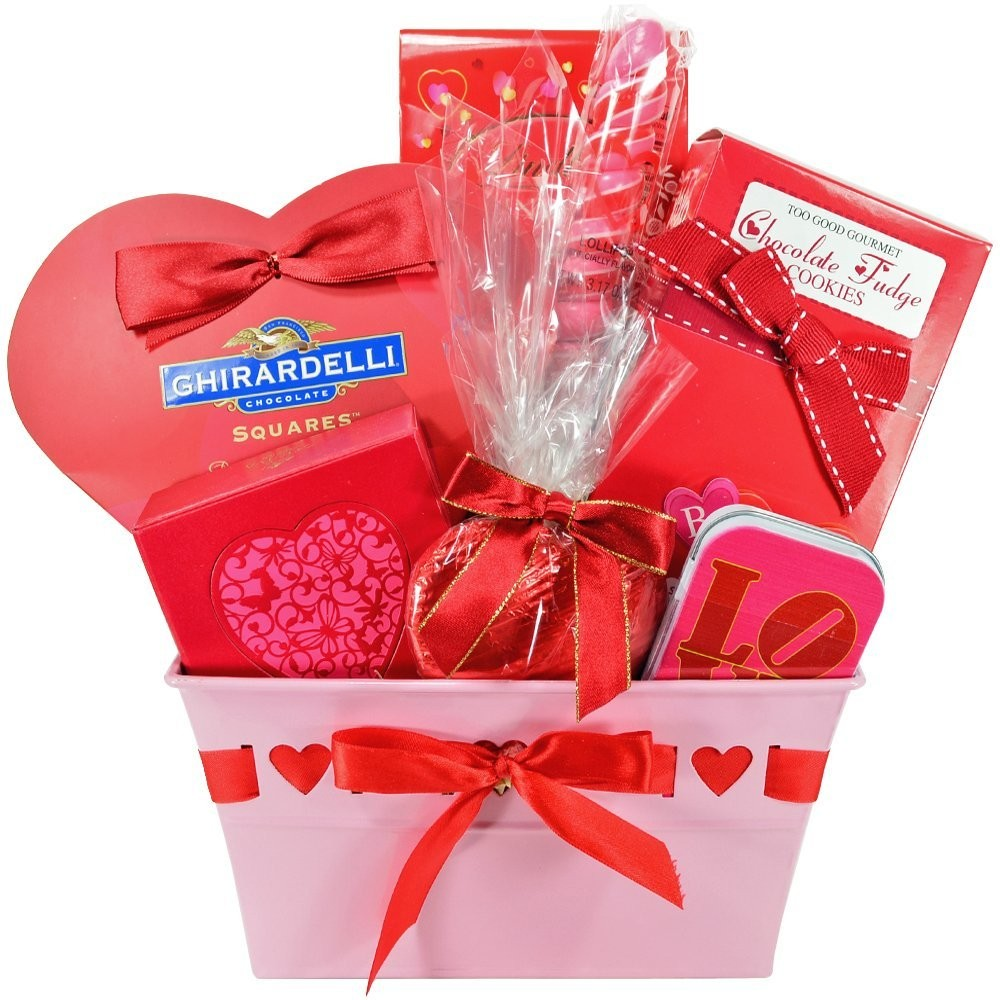Valentine\'s Day Gift Basket